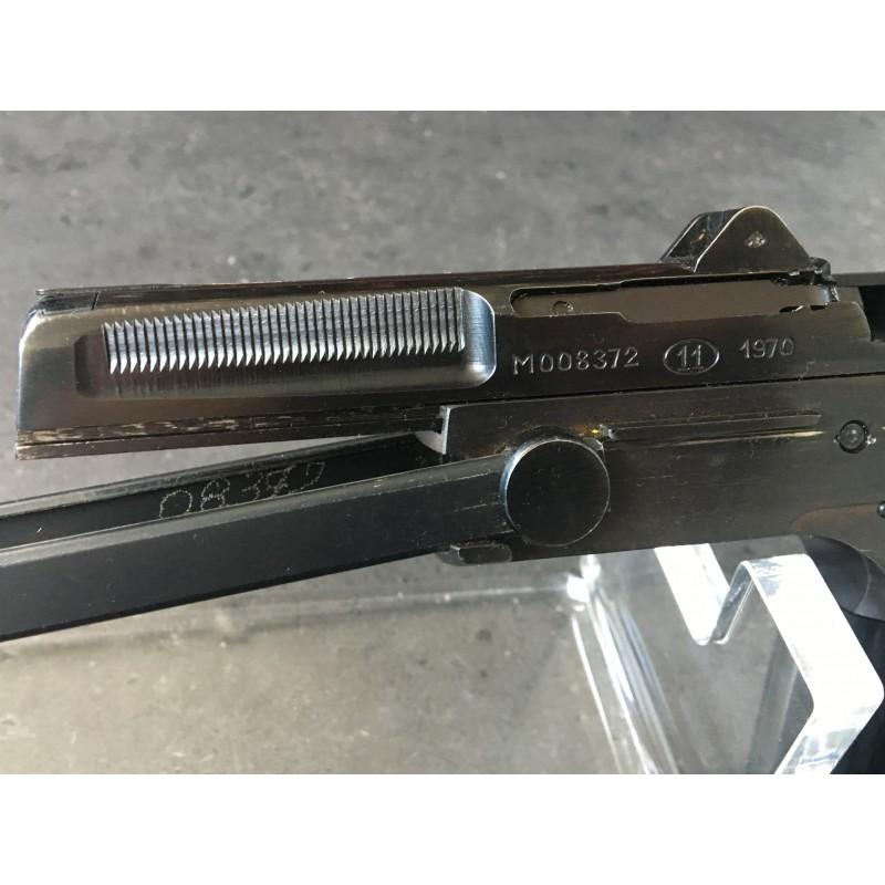 Pistolet samopowtarzalny wz. 63 RAK