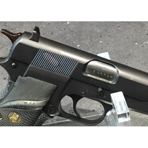Pistolet Browning HP kal. 9x19 mm