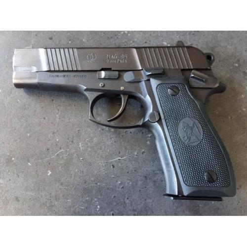 Pistolet MAG 95 kal. 9x19 mm z odnowioną oksydą
